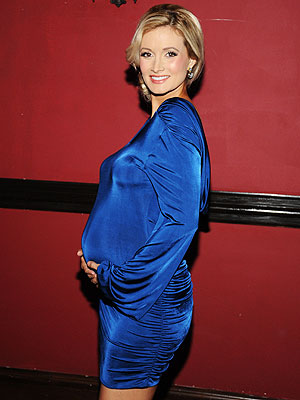 Holly Madison Wants Six Kids