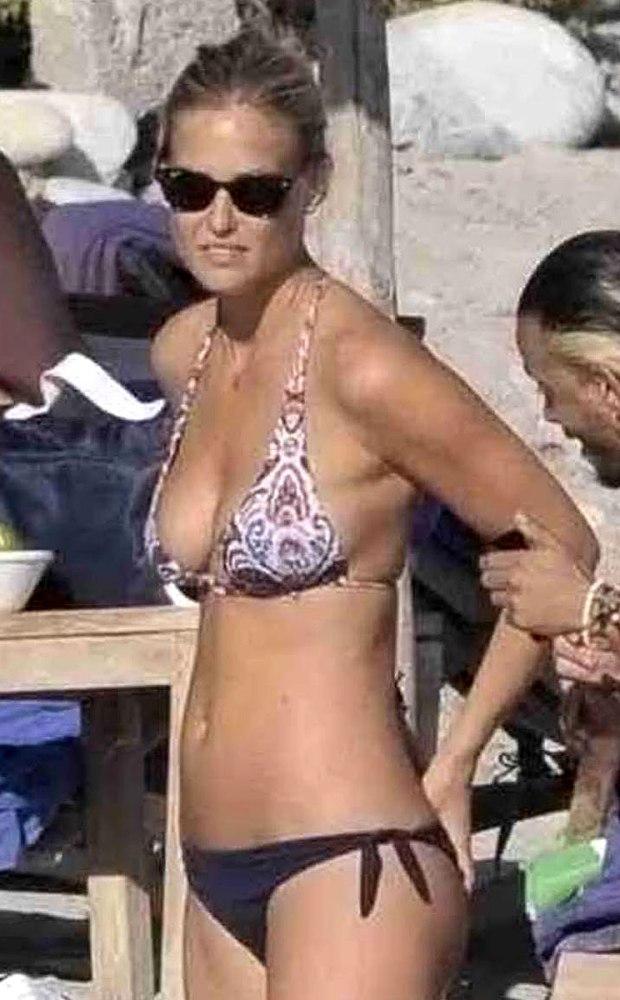 Bar Refaeli Bikini